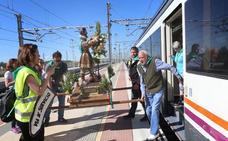 Pasajeros, al tren y San Isidro, también