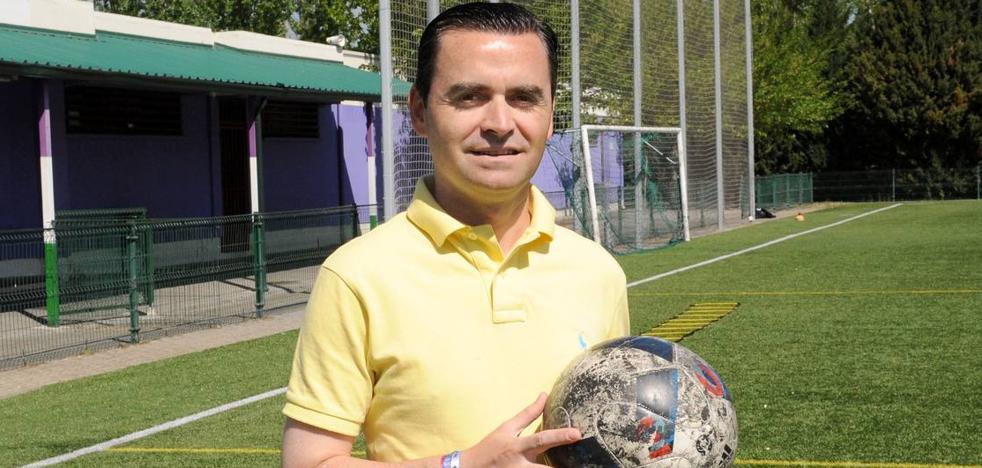 Jugador, entrenador y árbitro