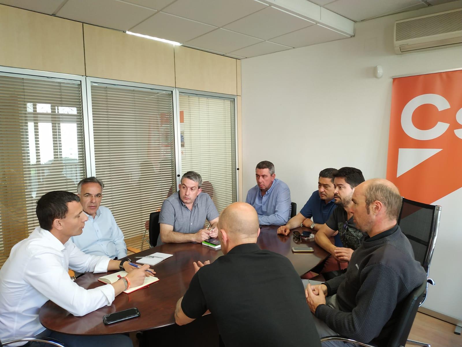 David Martín exige a la Junta explicaciones sobre la construcción de la nave de Nissan