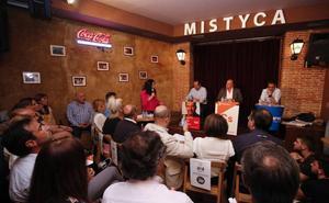 La democracia gana el debate electoral celebrado en Villamayor