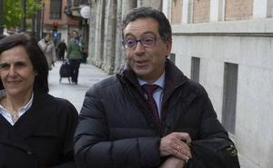 Luis Antonio Calvo, Asociación Clara Campoamor: «Roberto es un monstruo, pero quien lo permitió no tiene perdón»