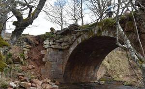 La Junta dedicará 12.000 euros a la reparación del derrumbado puente de Rojadillo