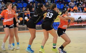 El BM Salamanca femenino se juega este domingo el pase a la fase final del Nacional cadete