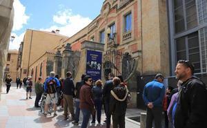 Colas en Salamanca por el Día de los Museos