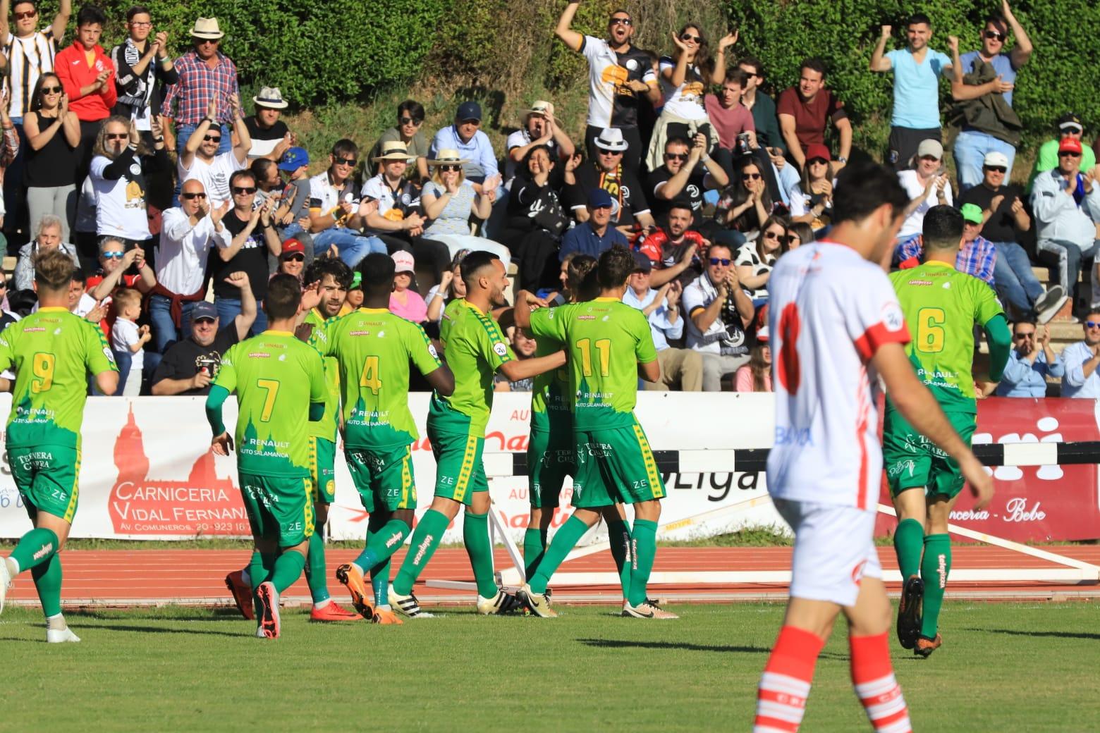 Unionistas CF se mete en la Copa en otra temporada histórica para enmarcar (3-0)