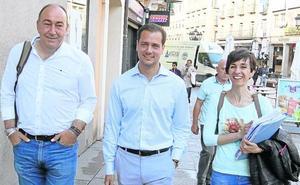 Los candidatos de PP y Cs lamentan la «elevada» presión fiscal y critican el «despilfarro»