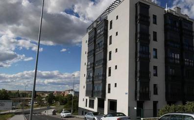 Los bomberos desalojan un edificio en Segovia por el incendio de una cocina