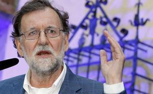 Rajoy alerta del peligro de las fuerzas «bisagristas»