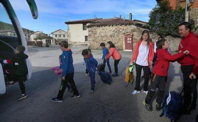 San Cebrián de Mudá, un pueblo que resiste a la despoblación con doce niños