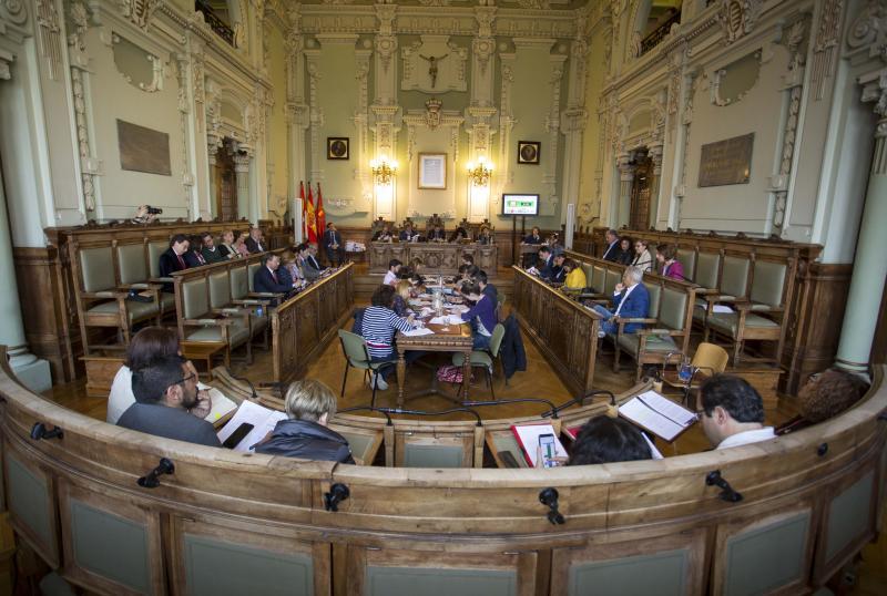 El Ayuntamiento aprueba la revisión de un PGOU «para todos» y centrado en un Valladolid «ya existente»