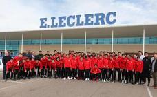 ELeclerc renueva el patrocinio con la UD Santa Marta