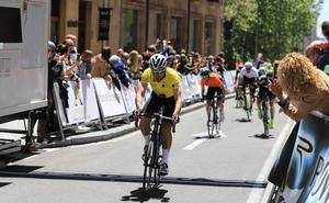 Juan Carlos Fernández gana la IV Vuelta Máster a Salamanca en una accidentada etapa final