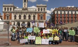 Educadores de Infantil de Valladolid, en huelga, dicen «!basta ya!» ante sueldos de 800 euros y precarias condiciones