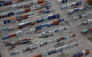 Caen las exportaciones en el primer trimestre al ritmo que marca el sector de automoción