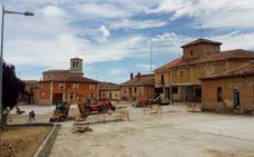 Rioseco aborda la reurbanización del emblemático corro de San Miguel