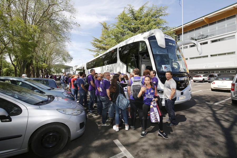 Los aficionados del Chocolates Trapa viajan a Bilbao para apoyar al equipo