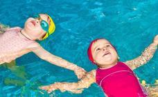 ¿Cuál es la mejor edad para empezar a aprender a nadar?