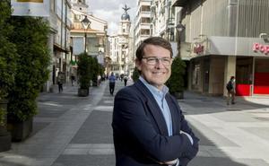Fernández Mañueco: «No se puede votar alegremente, sin una reflexión. Es lo que pido»