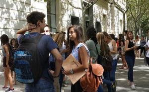 El 35% de los jóvenes con estudios universitarios residen en otra comunidad