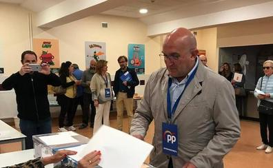 Carnero, presidente del PP de Valladolid: «Hoy va a ser un día muy feliz para mi partido»