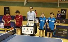 Dos medallas de bronce por equipos y una en dobles benjamines para el Gossima en los Autonómicos