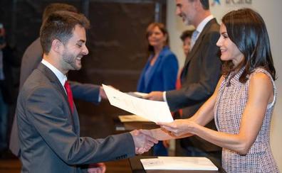 Dos estudiantes vallisoletanos reciben una beca para formarse en el extranjero
