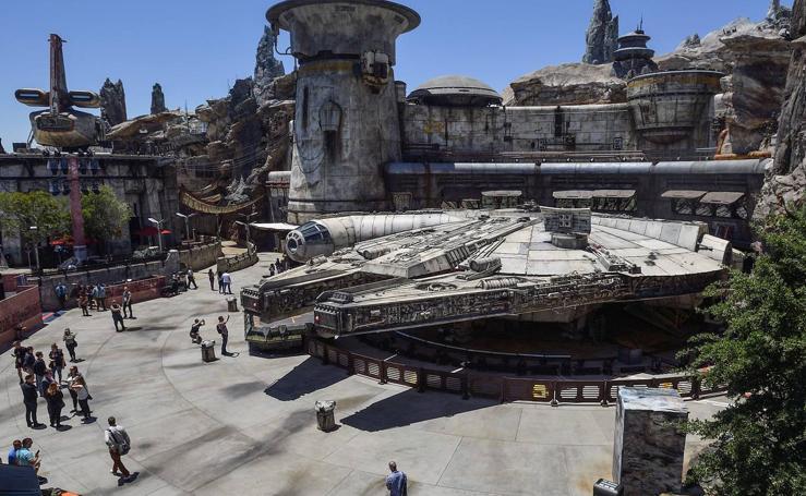 Disney abre su parque temático dedicado a la Guerra de las Galaxias