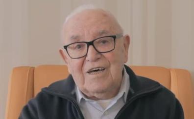 Sergio Palacios celebra 107 años acompañado de su esposa en Valladolid