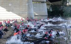 Casi un millar de triatletas en el Campeonato de España de Triatlón Larga Distancia en Salamanca