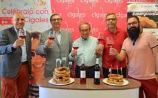 La DO Cigales y la Asociación de Fabricantes Torrezno de Soria sellan su hermanamiento