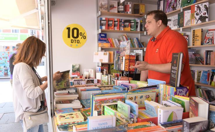 Expositores en la Feria del Libro de Valladolid (2/2)