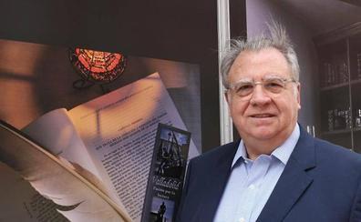 Jaime Siles: «Cuando se traduce de un idioma a otro se inocula otra visión del mundo»