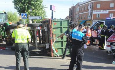 El conductor del tractor que mató a dos vecinos en Tordesillas se sienta hoy en el banquillo