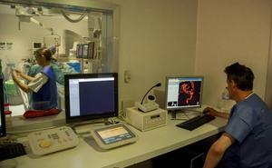 La única unidad mixta de neurocirugía no invasiva y abierta está en Valladolid
