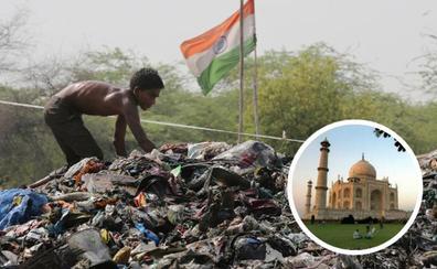 Nueva Delhi cuenta con una montaña de basuras casi tan alta como el Taj Mahal