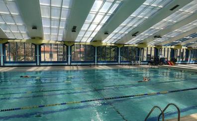El tijeretazo en servicios que ha indignado a los usuarios de la piscina climatizada de Segovia