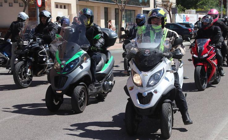 Concentración de motos en Cuéllar