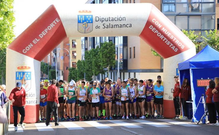 Carrera Solidaria por la Donación 'Memorial Carmelo Martín' en Salamanca (1/2)