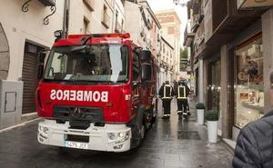 El nuevo camión auxiliar autobomba de los bomberos cuesta 332.500 euros