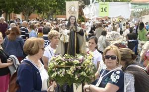 La Virgen de Extramuros sale a la pradera del Carmen de Valladolid