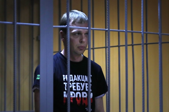 Putin cesa a dos generales del Ministerio de Interior por el arresto del periodista Golunov