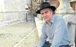 Fermín Herrero: «Cualquier poema de amor es solo un pálido reflejo de lo sentido»