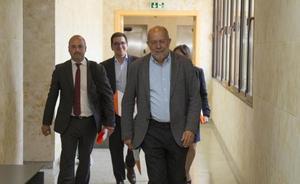 PP y Cs sacan del pacto regional el veto a la limitación de mandatos en el ámbito local