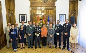 Medallas para dos policías de Portugal por su ayuda contra el crimen transfronterizo
