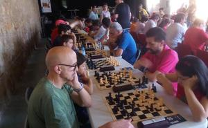 El trofeo provincial de ajedrez comienza con mucha igualdad