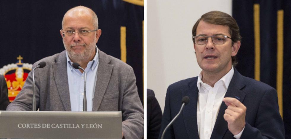 Mañueco presidirá la Junta si cede a Cs los ayuntamientos de Burgos y Palencia
