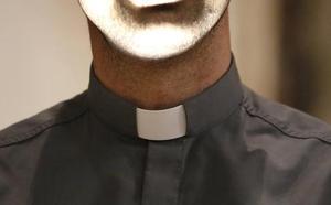 Desahucian al cura apartado por el obispo de Santander denunciado por 'okupa' en Palencia