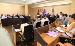 La negociación para ceder la Diputación de Segovia a Cs reaviva el fantasma del pacto con López Arranz en 1999