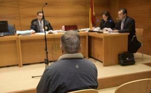 El juez sentencia a tres años de internamiento psiquiátrico al acusado de apuñalar al alguacil de Velilla