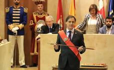 Carlos García Carbayo ha tomado posesión como alcalde de Salamanca
